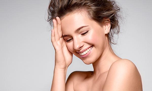 Gli integratori e le creme che fanno bene alla pelle affetta da couperose o rosacea