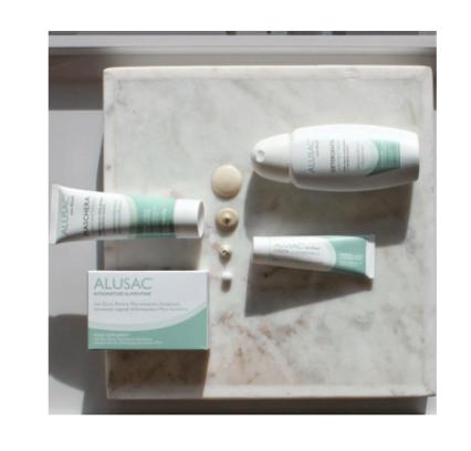 Alusac complete kit è ideale per prevenire l'acne cistica
